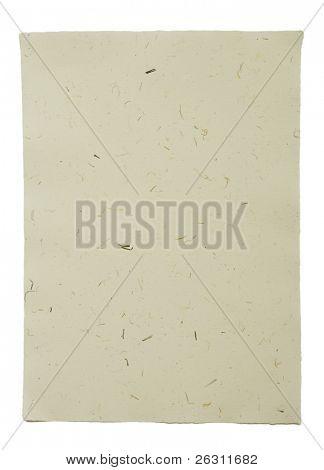 Mão feita de papel com pequenos pedaços de grama