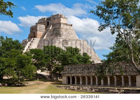 Anicent mayan pyramid (Pyramid of the Magician, Adivino  ) in Uxmal, M���©rida, Yucat���¡n, Mexico