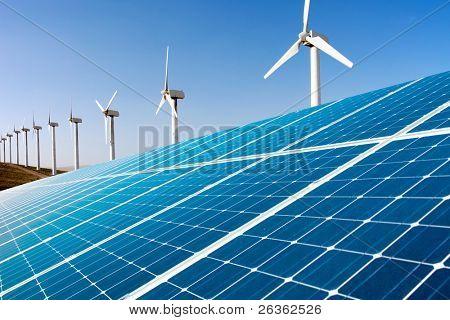 Generador de viento y paneles solares