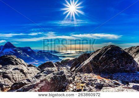 Polar Arctic Greenlandic Sun In
