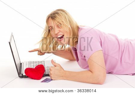 Attractive Woman Dating Over The Internet