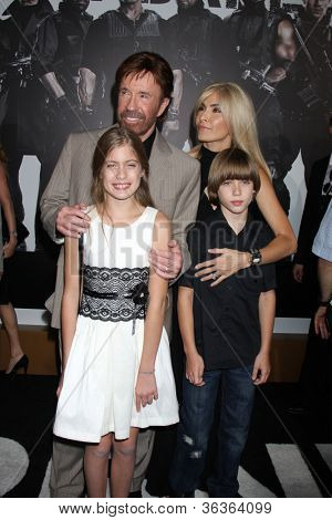 """Los Angeles - AUG 15:  Chuck Norris, family arrive at the """"The Expendables 2""""  Premiere at Graumans Chinese Theater on August 15, 2012 in Los Angeles, CA"""