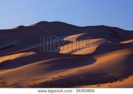 "Laranja Dawn magníficas dunas de areia de ""Eureka"""