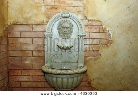 Fuente de pared Toscana de León