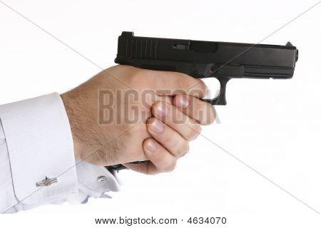 Pistolj 4