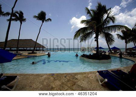 Dominicana Pool