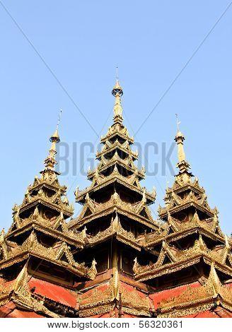 Burma Sanctuary Roof  In Wat Sri Chum, Lampang