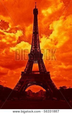 Contouring Eiffel