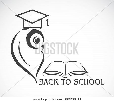 Vector Image Of An Owl With College Hat And Book Isolated