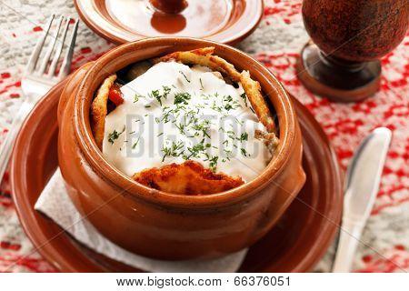 potato pancakes in the pot (national belorussian food)