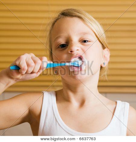 Evening routine - brushing teeth