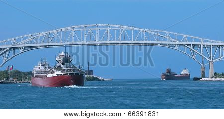 Blue Water Bridge & Freighters