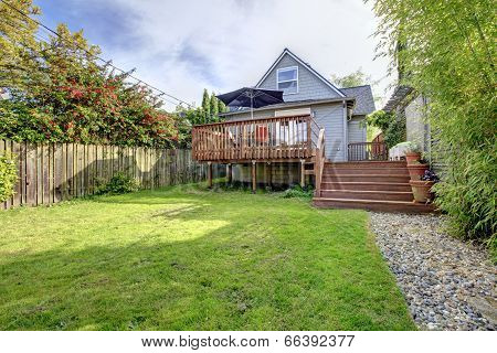Backyard Area With Walkout Deck