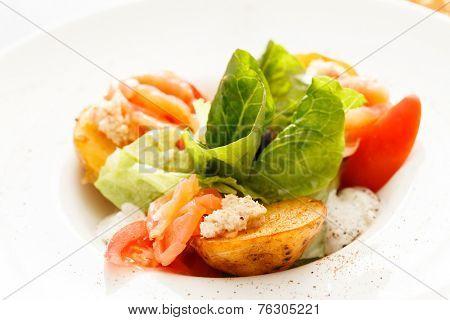 roasted potatoes with smoked salmon