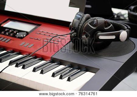 synthesizer under the white background
