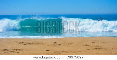 Closeout Wave