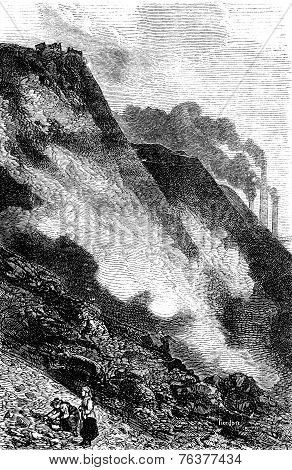 The Heap Of Cyfarthfa Ironworks, Vintage Engraving.