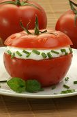 Organic Tomato With Lowfat Cottage Cheese And Dill