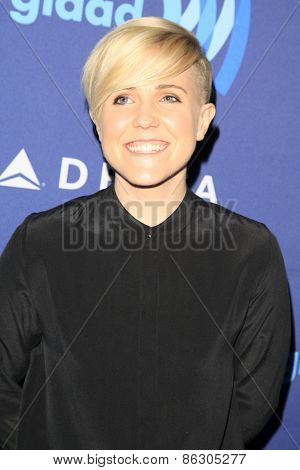 LOS ANGELES - MAR 21:  Hannah Hart at the 26th Annual GLAAD Media Awards at the Beverly Hilton Hotel on March 21, 2015 in Beverly Hills, CA