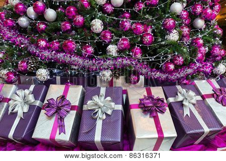 Xmas present packages with christmas tree
