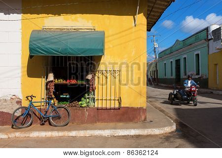 Trinidad - February 23: Streets Of Trinidad With Classic Fruite Shop On February 23, 2015 In Trinida