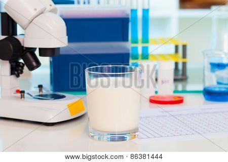 biochemical analysis of milk