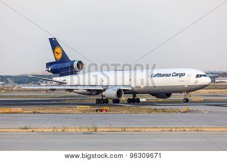 Mcdonnell Douglas Md-11 Freighter Of The Lufthansa Cargo