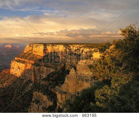 Puesta de sol de gran cañón