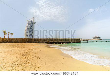 Seven Stars Luxury Hotel Burj Al Arab In Dubai, United Emirates