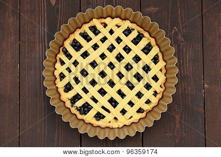 Raw Round Homemade Lattice Blueberry Pie In Baking Dish
