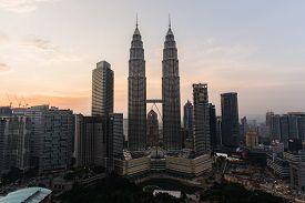 picture of petronas towers  - the twin towers in kuala lumpur malaysia - JPG