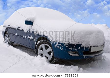 car after abundant snowfall