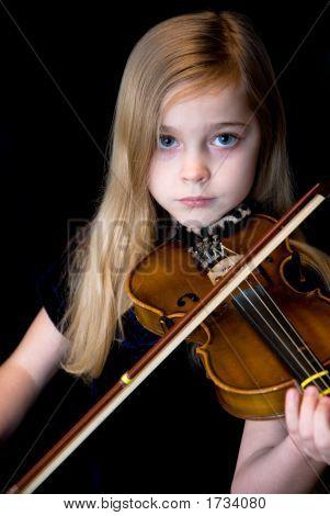 Geige spielen zu lernen.