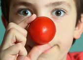Постер, плакат: Teenager Boy With Tomato Red Nose