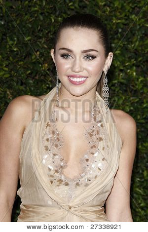 LOS ANGELES - DEC 9: Miley Cyrus at the American Giving Awards Presented By Chase at the Dorothy Chandler Pavilion on December 9, 2011 in Los Angeles, California