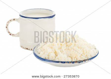 Cottage Cheese And Milk For Breakfast