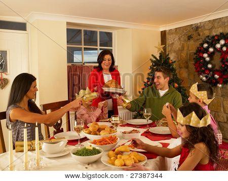 hispanische Familie Weihnachten Abendessen