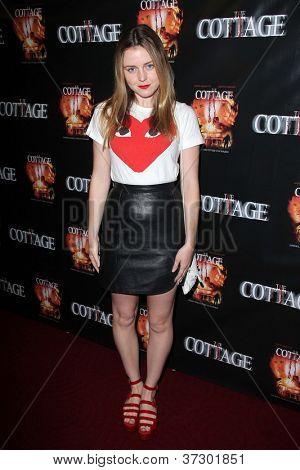 LOS ANGELES - SEP 28:  Lorraine Nicholson arrives at the