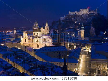 Cidade de Salzburgo no inverno