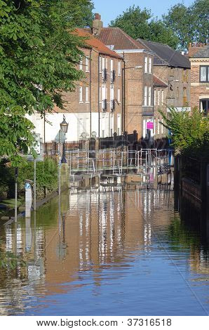Flooded street, Skeldergate York