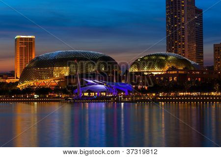 SINGAPORE - MAY 8: Esplanade  Theatres on the Bay concert hall  (also nicknamed Durian) at, Marina Bay on May 8, 2011 in Singapore in the evening. The Esplanade is one the world busiest arts centers