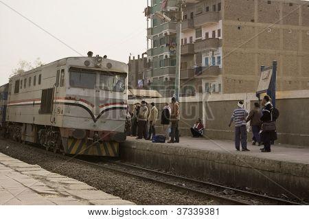 Treinar em El Balyana, Egito