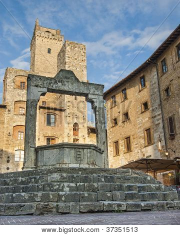Cistern In San Gimignano Italy