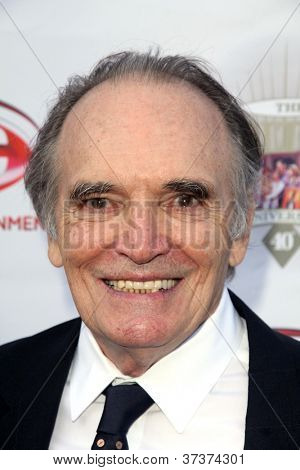 LOS ANGELES - SEP 29:  Tom Bower arrives at the 40th Anniversary of