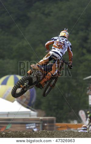 World Champion Antonio Cairoli jump on Ktm