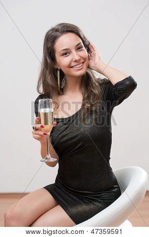 Chica de Champagne.