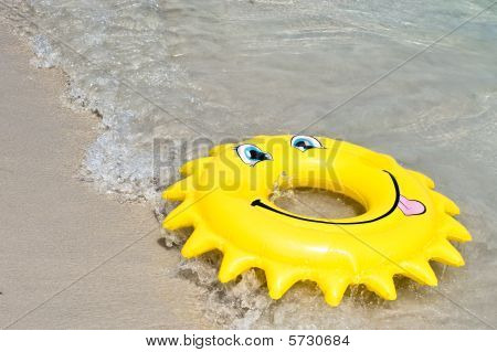 Floating Device Bye The Sea In Shape Of The Sun