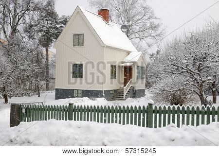 Sweet winter home