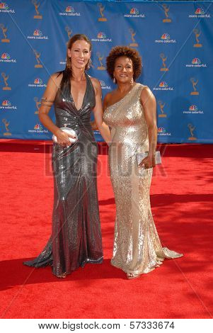 Wanda Sykes  at the 62nd Annual Primetime Emmy Awards, Nokia Theater, Los Angeles, CA. 08-29-10