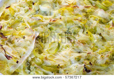 Tortellini with leek